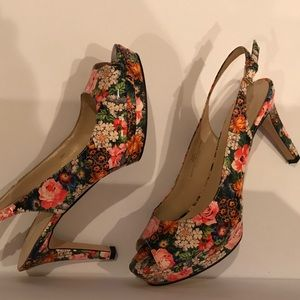 Nine West Floral Heels Open Toe Size 8 1/2